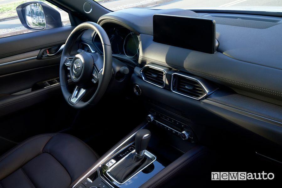 Plancia strumenti abitacolo nuova Mazda CX-5 2022