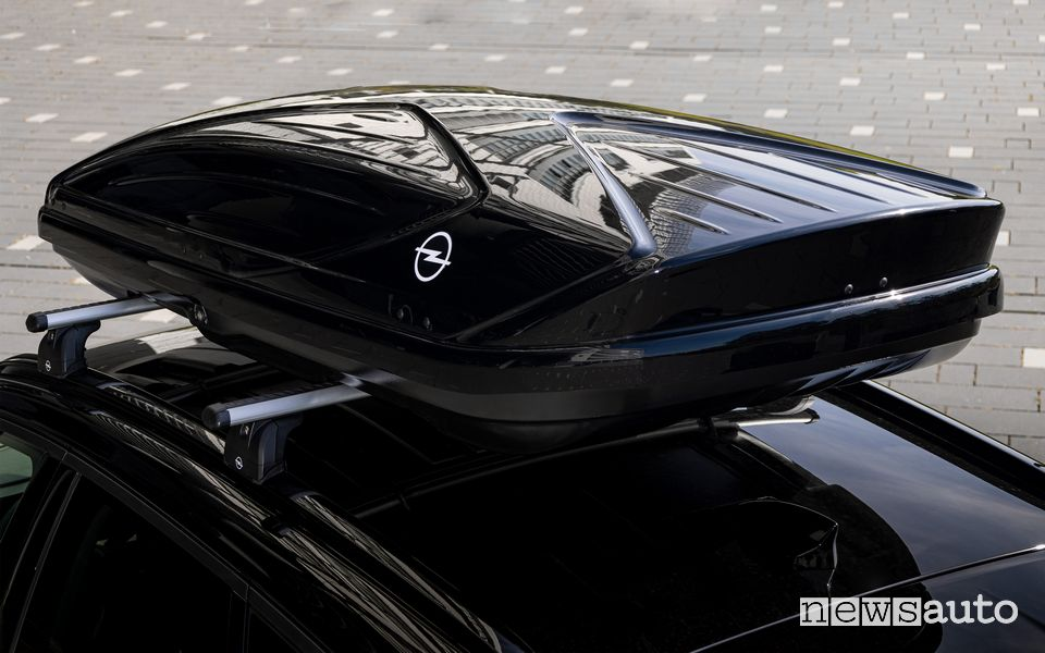 Box da tetto Thule per Opel Grandland