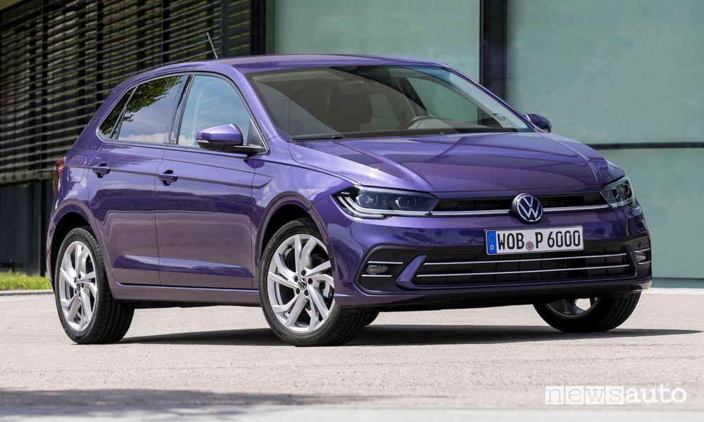 Vista di profilo nuova Volkswagen Polo Style
